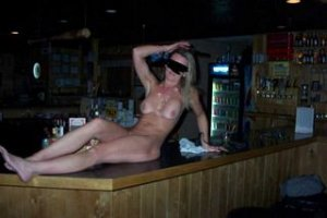 Elisca escort girl in Arnold, MO