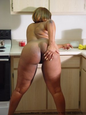 Louisane housewife personals Ormond Beach FL